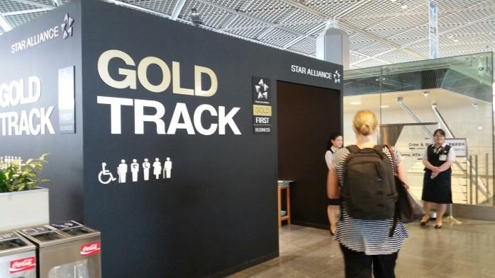 Gold Security Narita