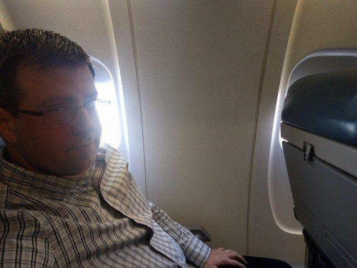 Windowless Seats Mesa CRJ-900