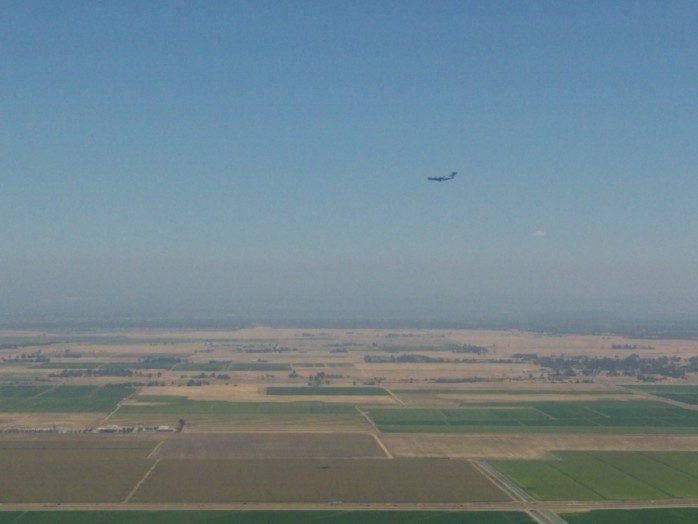 C17 on Approach to Sacramento